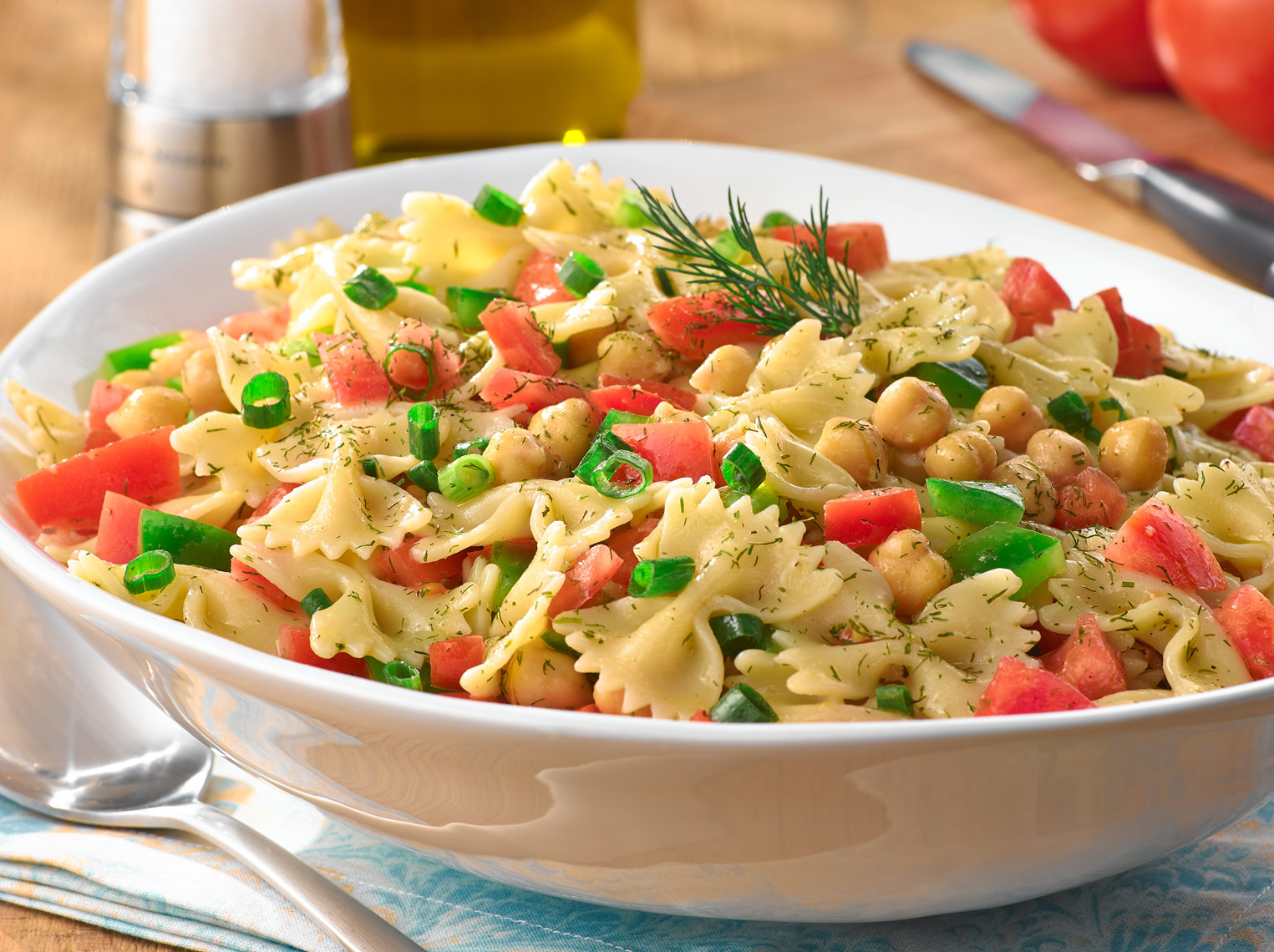 824DillyPastaSalad1764